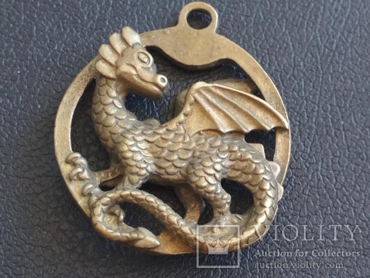Дракон Грифон коллекционная миниатюра брелок кулон бронза
