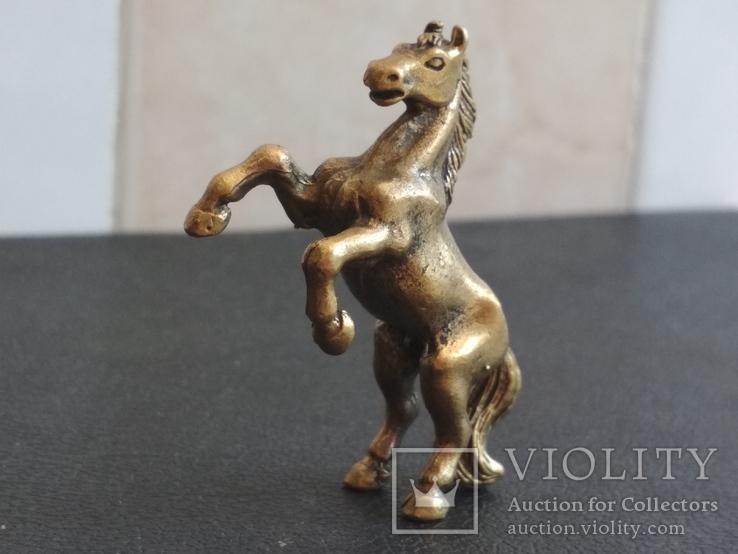 Лошадь на дыбах бронза брелок коллекционная миниатюра, фото №4