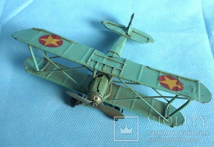 Старая модель самолета Европа