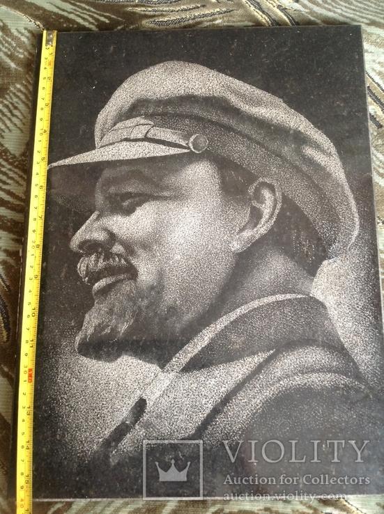 Портрет Ленина на граните, фото №4