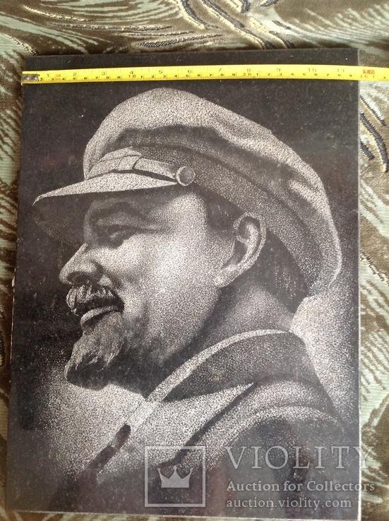 Портрет Ленина на граните, фото №6