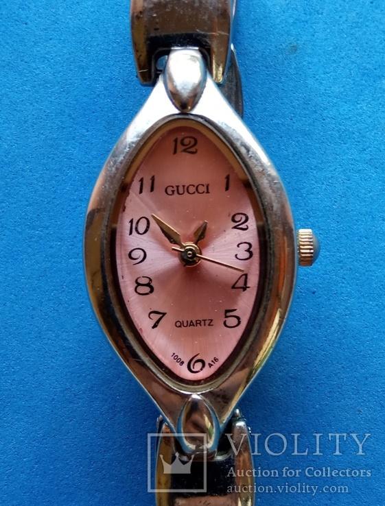 """Часы женские """"Gucci"""" кварц на ходу Имитация, фото №3"""