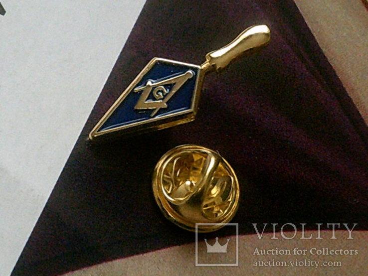 Масонское лига - золотой мастерок знак заколка, фото №4