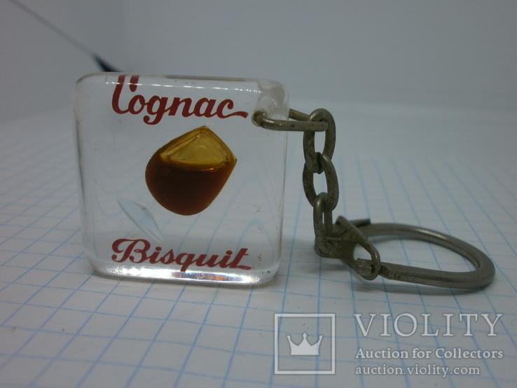 Брелок Cognac Bisquit. Коньяк. Жидкость в бокале, фото №2
