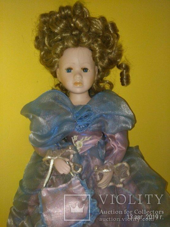 Кукла фарфор Леди с сумочкой 42см, фото №4