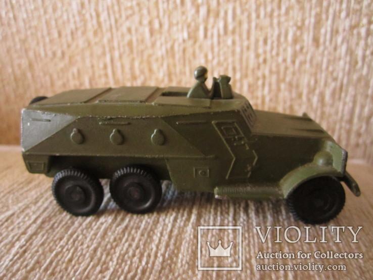 Модель Бронированного автомобиля с пулеметчиком, фото №3