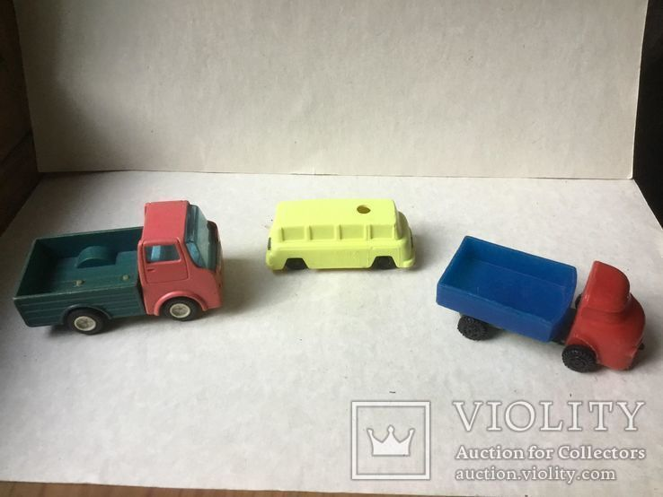 2 грузовика и микроавтобус,  времен СССР., фото №3