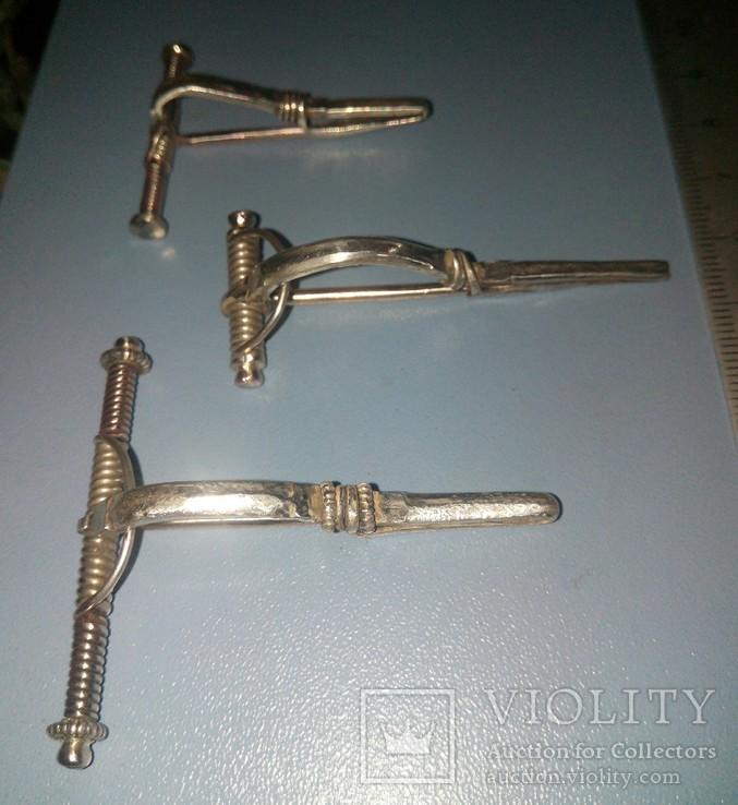Три серебряные фибулы ЧК ., фото №3