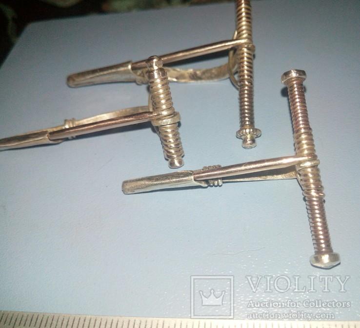 Три серебряные фибулы ЧК ., фото №7