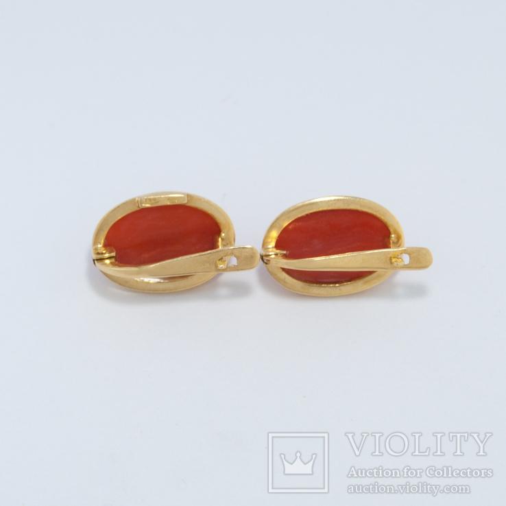 Золотые серьги с натуральным кораллом, фото №3