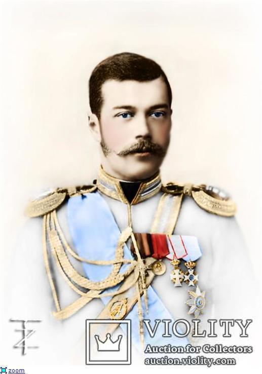 Император Николай II Александрович в белом мундире.