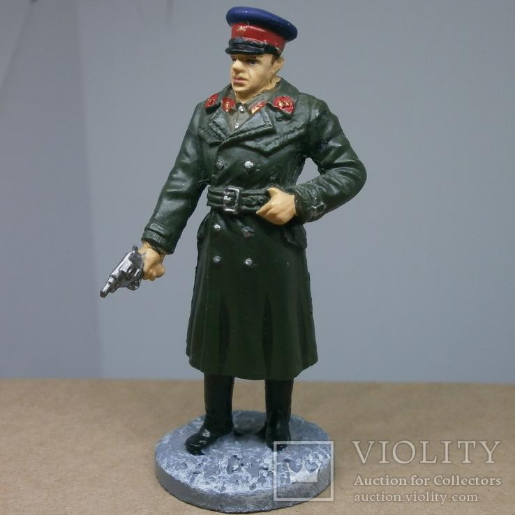 Офицер НКВД в повседневной форме 1941-1943. Олово, раскрас