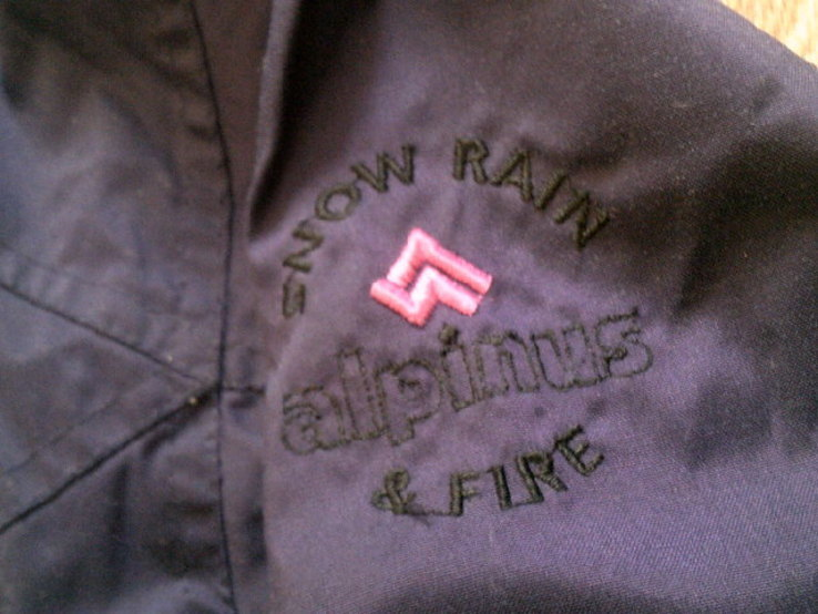 Alpinus Gore-Tex - легкая  спорт куртка, фото №7