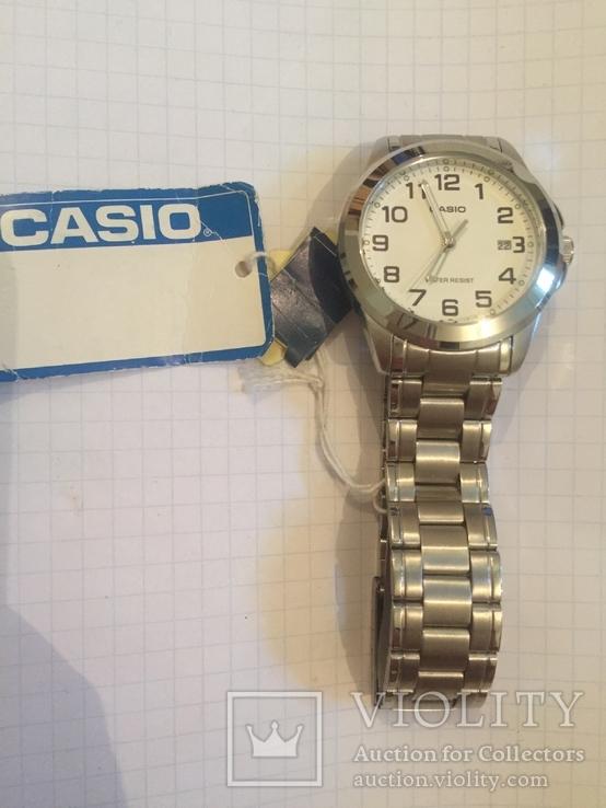 Лот 0051 Новые часы унисекс Casio (оригинал) MTP-1215A-7B2DF