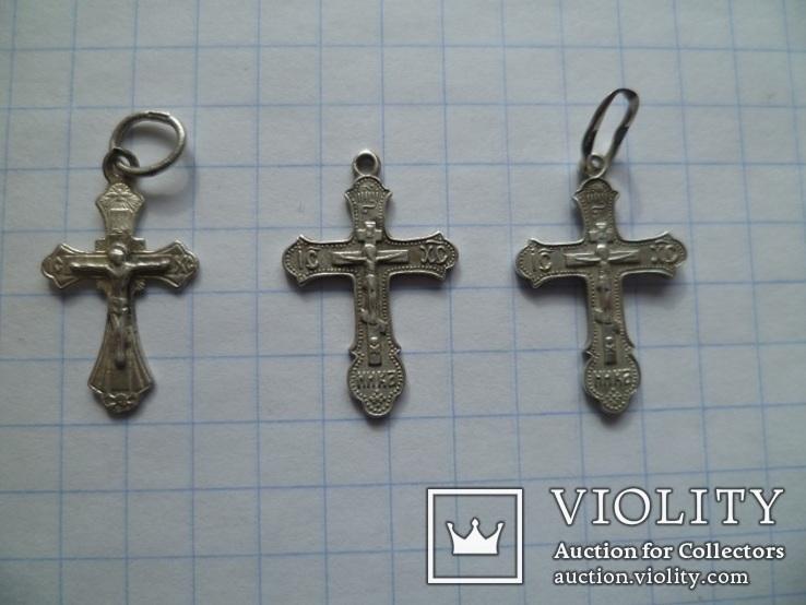 Три маленьких серебряных крестика., фото №2
