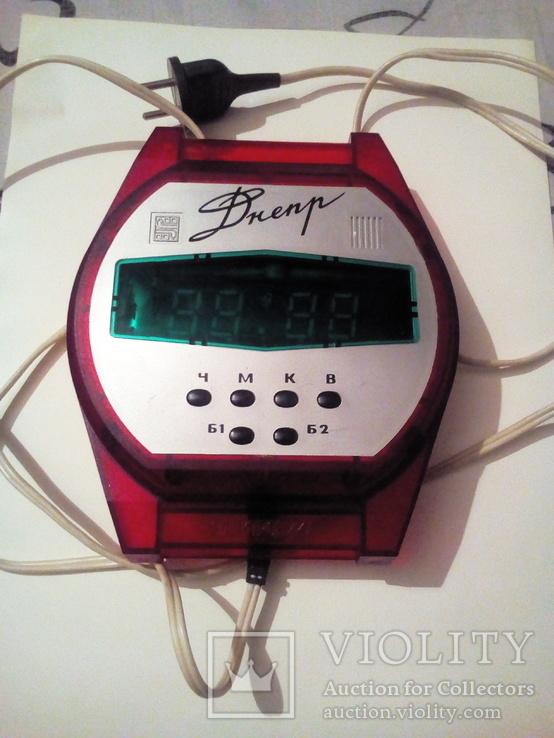 Часы Електроника Днепр з будильником. Производство ссср., фото №2