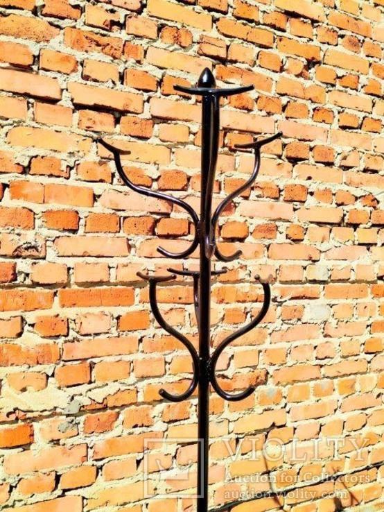 Старая высокая вешалка металлическая, фото №3