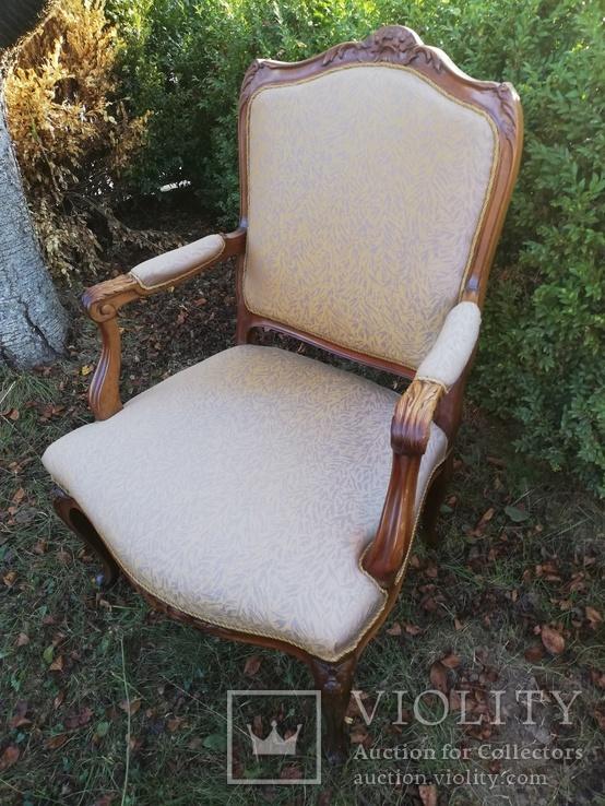 Крісло з красивою різьбою, Європа, фото №2