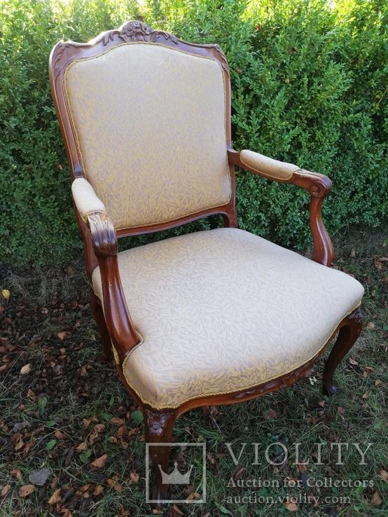 Крісло з красивою різьбою, Європа, фото №5
