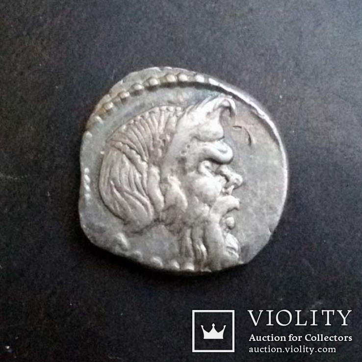 Вибиус Панса, 48 г. до н.э., денарий