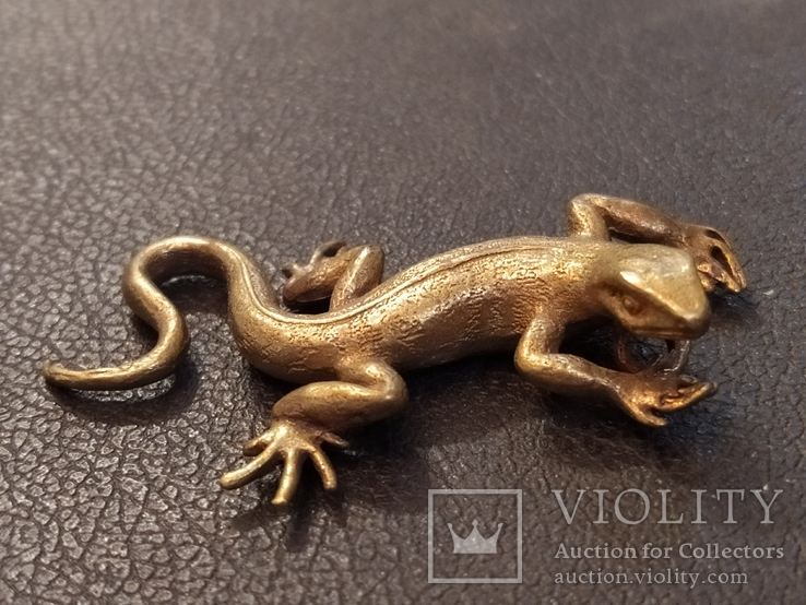 Ящерица саламандра коллекционная миниатюра бронза