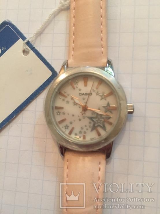 Лот 0048 Новые женские часы Casio (оригинал) LTP-1324L-4ADF DI, фото №3
