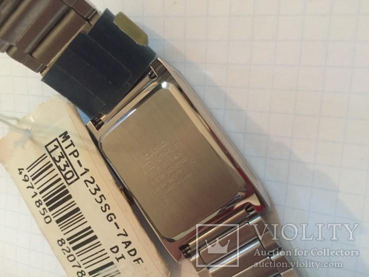 Лот 0039 Новые женские часы Casio (оригинал) MTP-1235SG-7ADF DI, фото №8