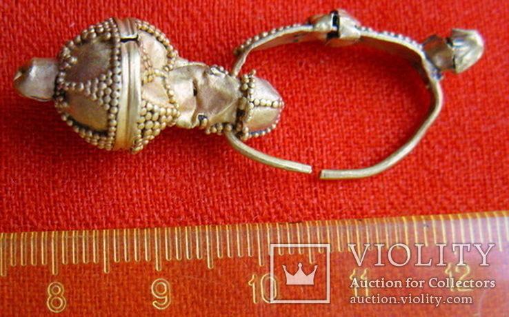 Золотая сережка, Хазарський каганат, Салтівська культура, вес 5.5 грм., фото №4