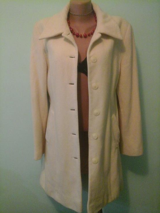 Шерстяное пальто Carrera, новое