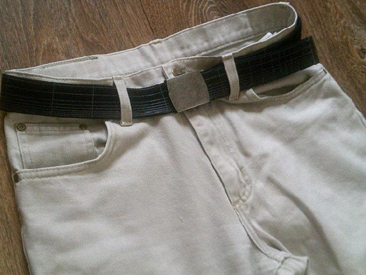 Hero by Wrangler - светлые джинсы с ремнем., фото №4