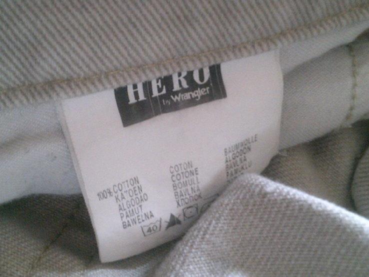 Hero by Wrangler - светлые джинсы с ремнем., фото №8