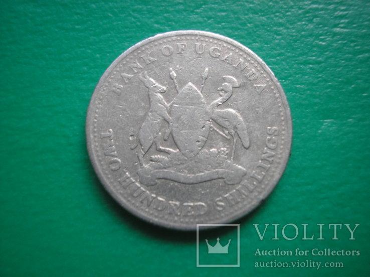 Уганда 200 шиллингов 1998, фото №2
