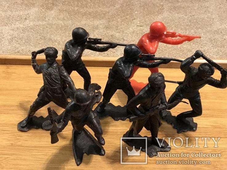 18 больших солдатиков донецкой фабрики игрушек, фото №5