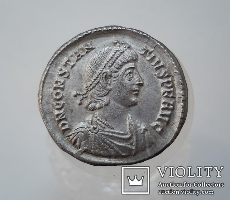 Constantius II. AD 337-361. AR Siliqua (R3) (вес-3.59 гр.)