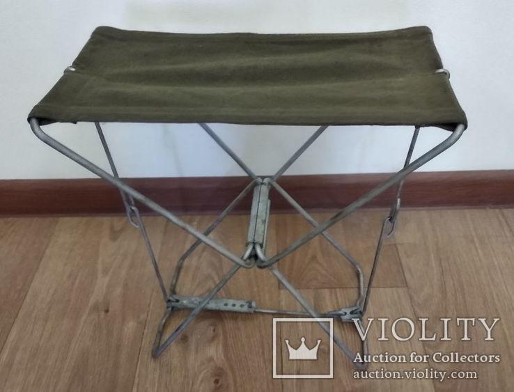 Раскладной стульчик.Высота 30 см.(СССР)