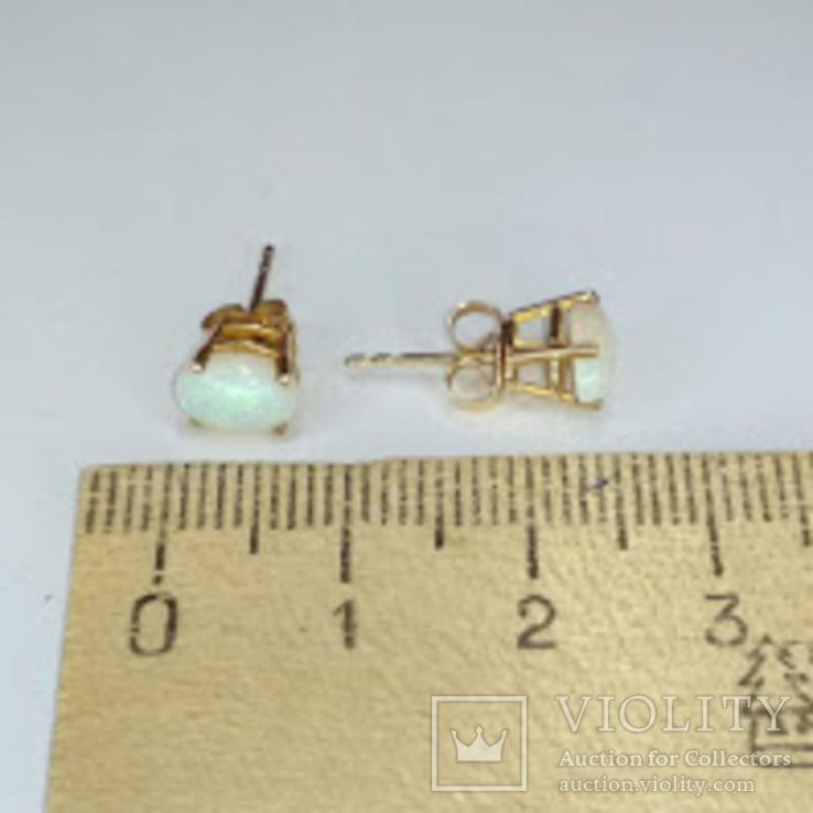 Миниатюрные золотые серьги-гвоздики с натуральными опалами, фото №13