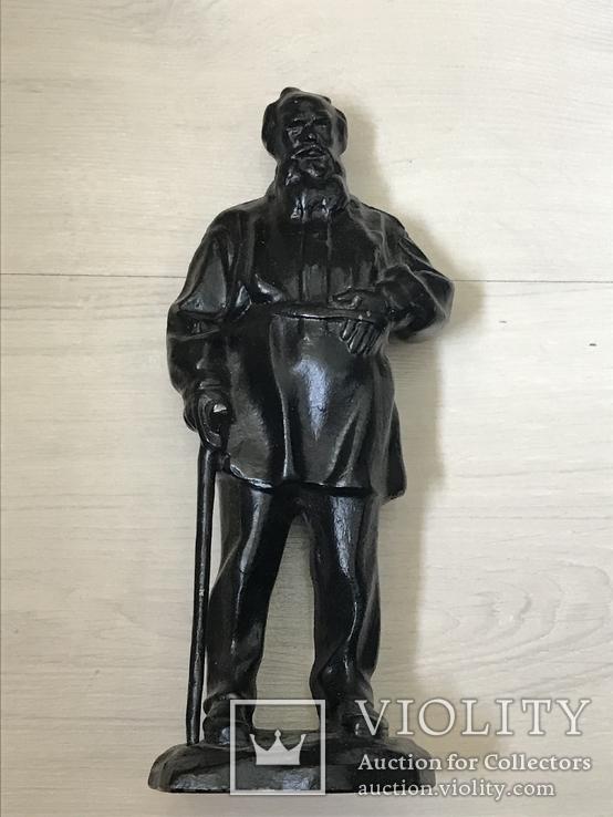 Лев Толстой (Куса 1977г)