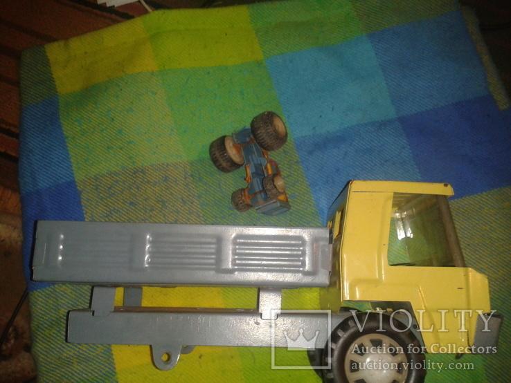 Грузовик и трактор, фото №2