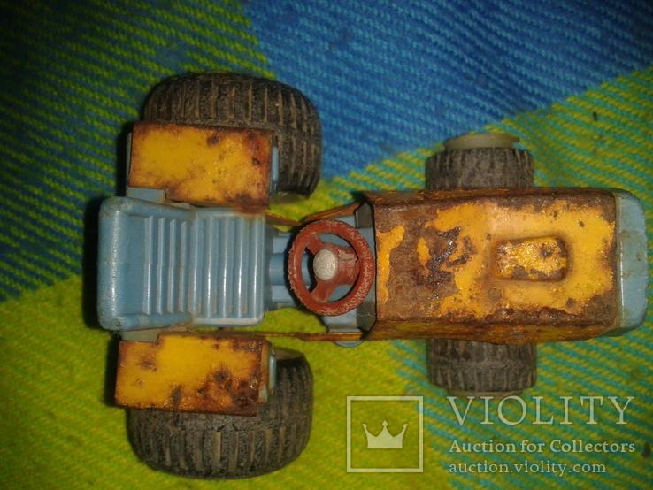 Грузовик и трактор, фото №12
