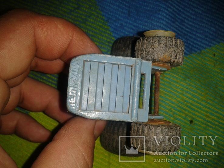 Грузовик и трактор, фото №13
