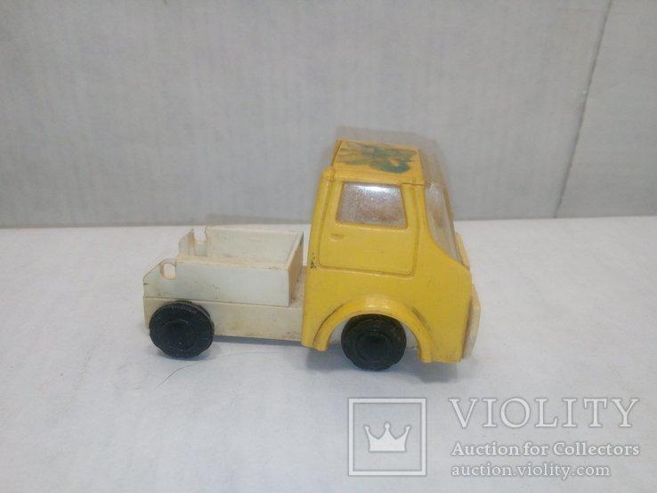 Машинка желтая, фото №2