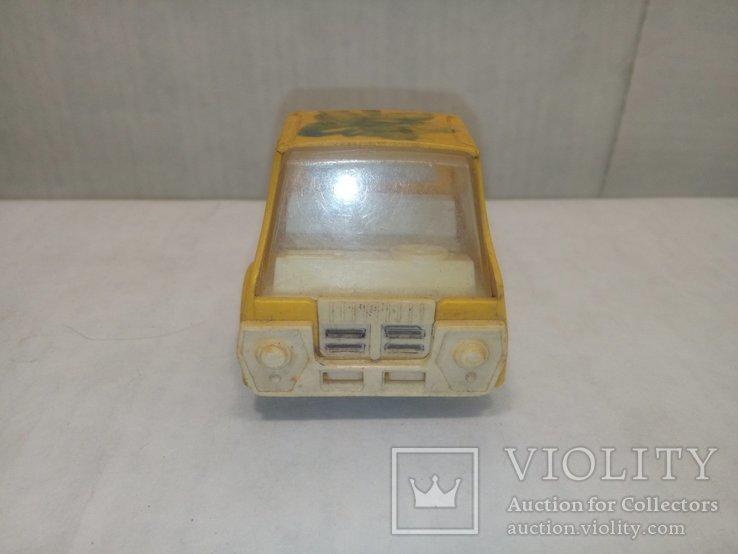 Машинка желтая, фото №3