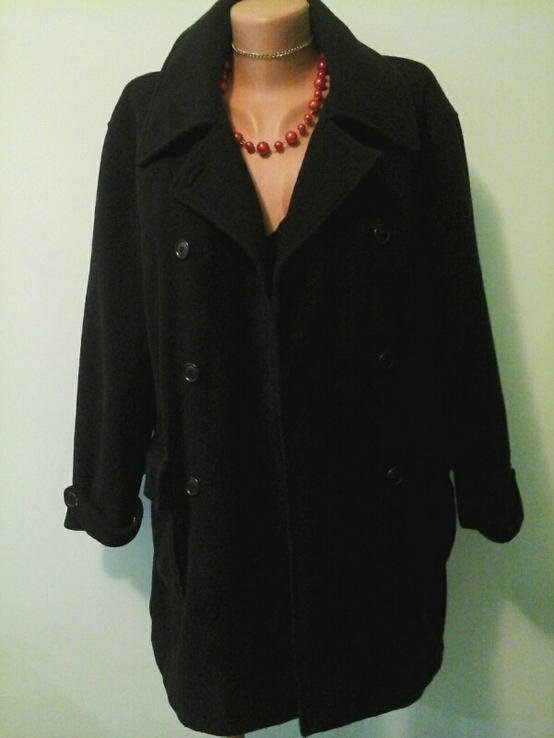 Брендовое шерстяное пальто Mariella Burani, p.M-L, синтепон
