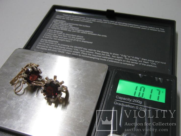 Золотые серьги №585 пробы. Камни цирконий и натуральный гранат.
