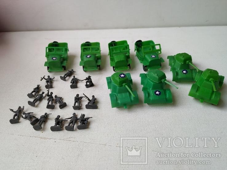 Солдатики миниатюрные и военная  техника, фото №2