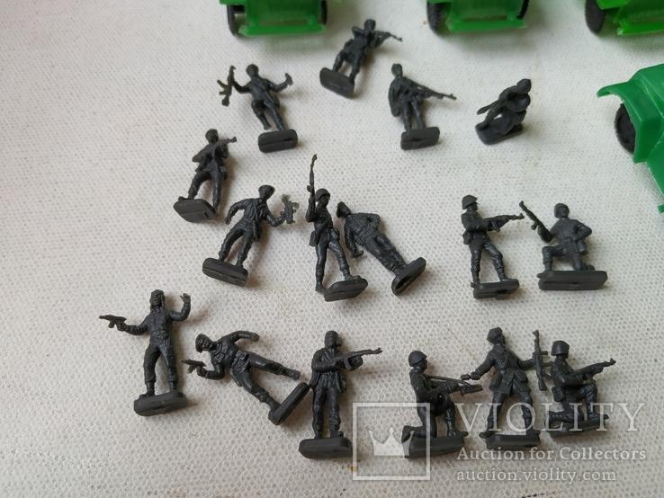 Солдатики миниатюрные и военная  техника, фото №3