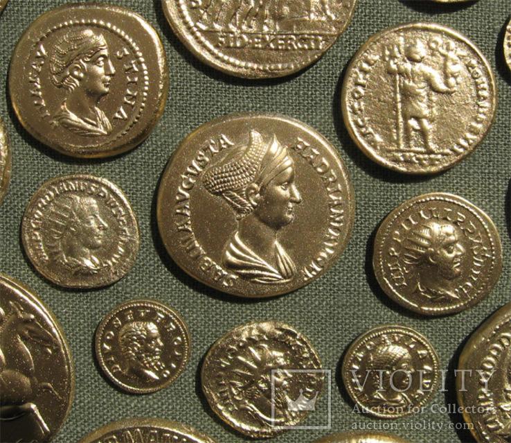 Золотые монеты античности. Копии, без стекла 31х21см., фото №8