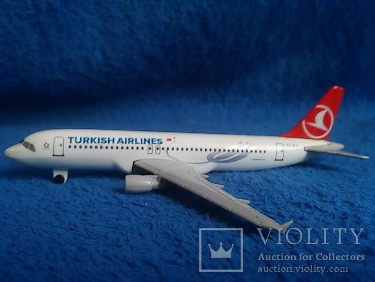 Самолет: Airbus A 320  TC-JPA. Металл. Тяжелый., фото №4