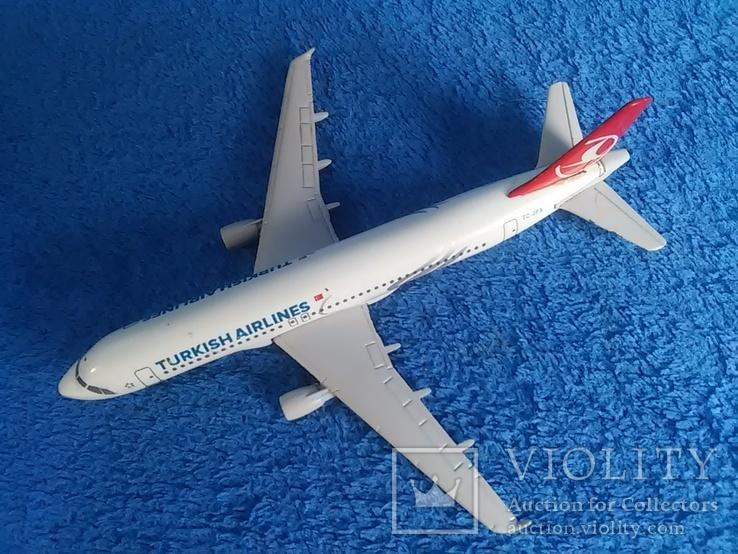 Самолет: Airbus A 320  TC-JPA. Металл. Тяжелый., фото №10