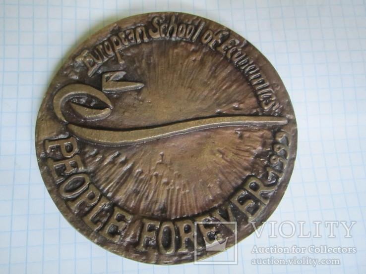 Настольная медаль-большая и тяжелая., фото №3